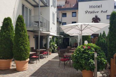 Hotel - Restaurant - Weinkeller Pfälzer Hof ***S